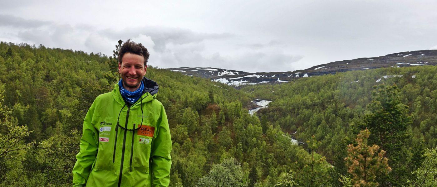 En blid og fornøyd Fredrik Karlstad